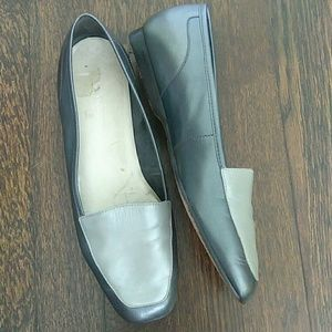 Enzo Angiolini liberty silver gray flat loafers